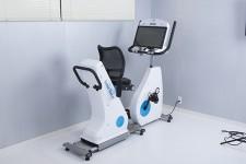 国立長寿医療研究センターとの共同開発で生まれた 軽度認知機能障害(MCI)ケアを目的としたエルゴメーター